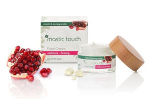 Face creams mastic touch
