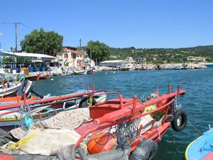Seaside village katarraktis